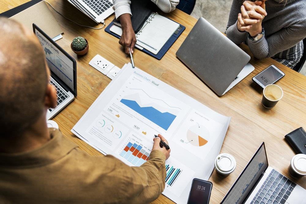 التسويق الالكتروني الحديث الفعال والمترابط مع التسويق التقليدي - نبني علامات تجارية لكي تكون ذات سمعة قوية