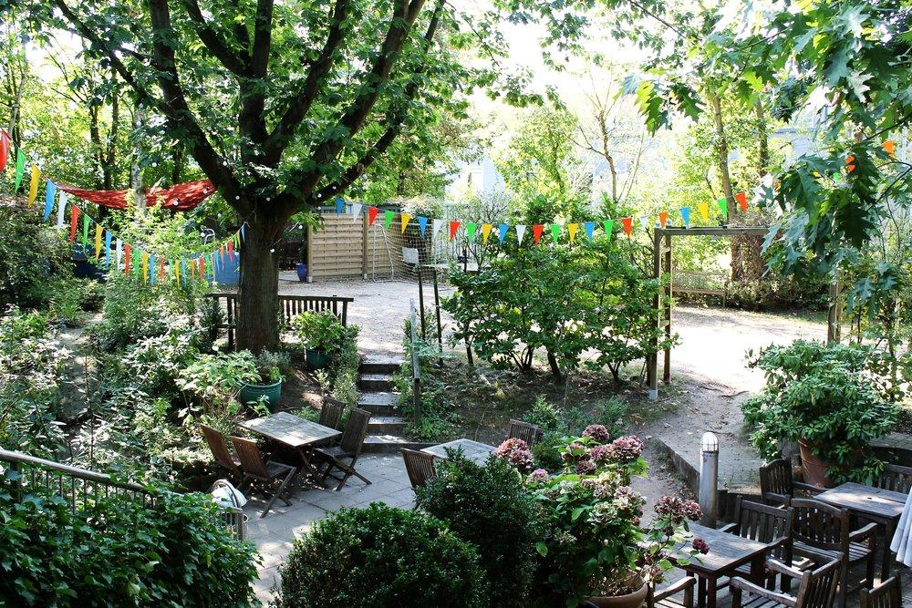 Und zu guter letzt - Der farbenfrohe und gemütliche Bebop Garten!