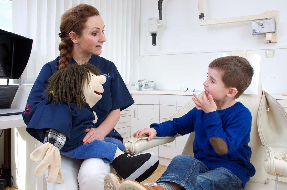 Zahnarztpraxis-Schoberer-Gruenwald-Profesionelle-Zahnreinigung-3.jpg