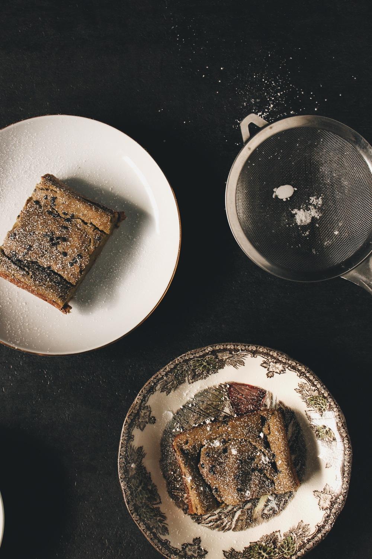 banana matcha pound cake [Vegan & gluten free Recipe] RunawayHabit.com