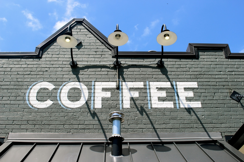 Dallas Coffee Shop Guide Davis Street Espresso by Miami blogger Zeinab Kristen Travel & Lifestyle Blogger