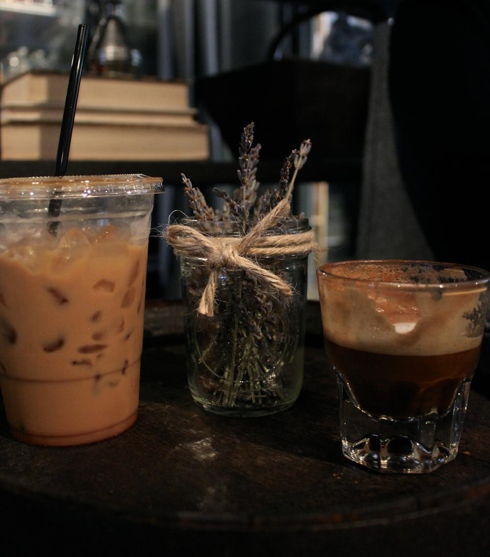 Magnolias sous le pont | Dallas coffee shop guide by Zeinab kristen of RunawayHabit.com / Travel & lifestyle blog