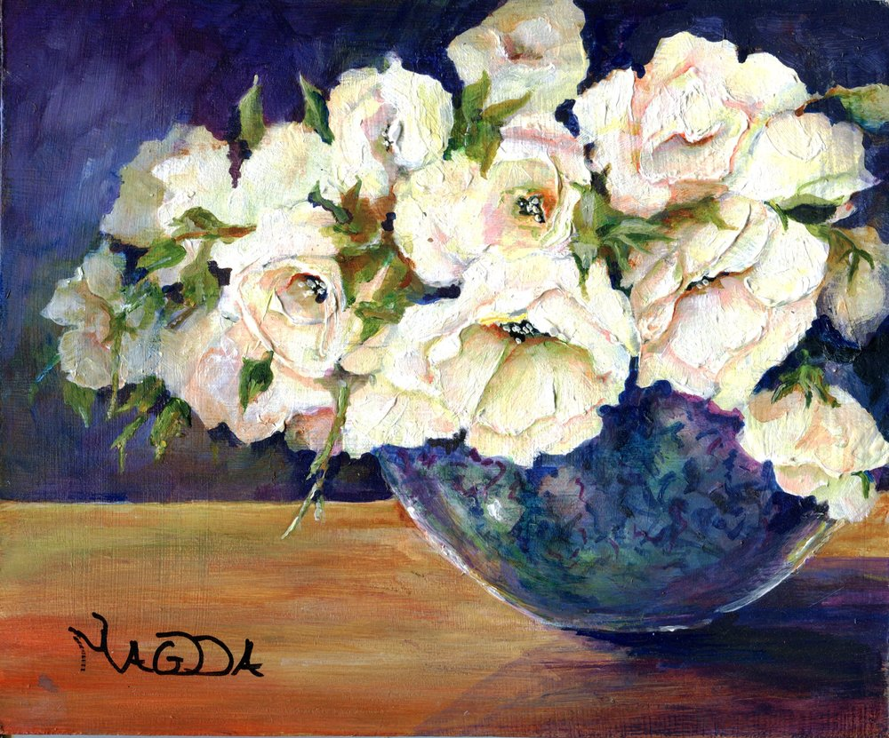 19A MAGDA DU PREEZ, ROSES IN BLUE VASE, ACRYLIC ON BOARD