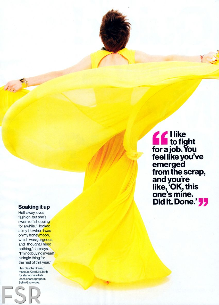 AnneHathawayGlamourmagazineJanuary20132.jpg