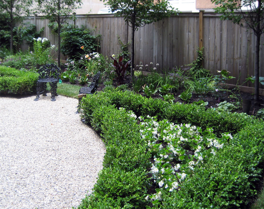 residential-garden-vignette.jpg