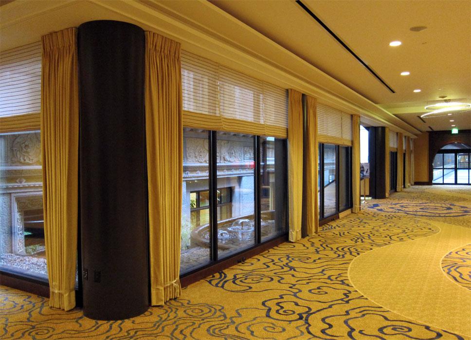 hospitality-amway-center-concourse-windows.jpg