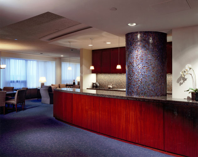 hospitality-amway-guest-suite-kitchen.jpg