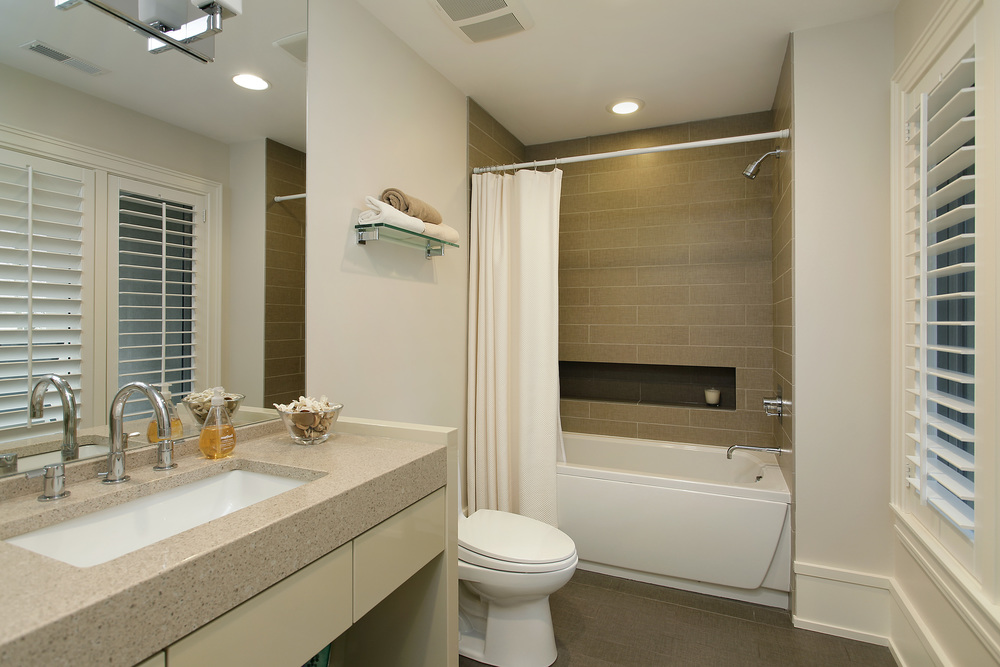bathroom1_187sheridan.jpg