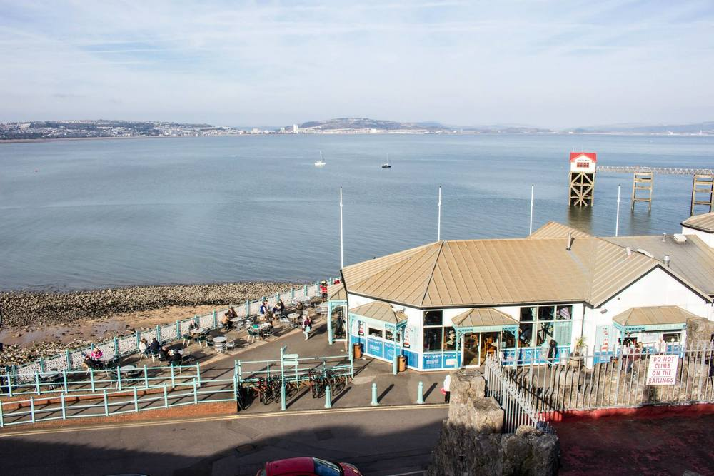 Photo by: Tim Morizet / Taken: Mumbles Pier