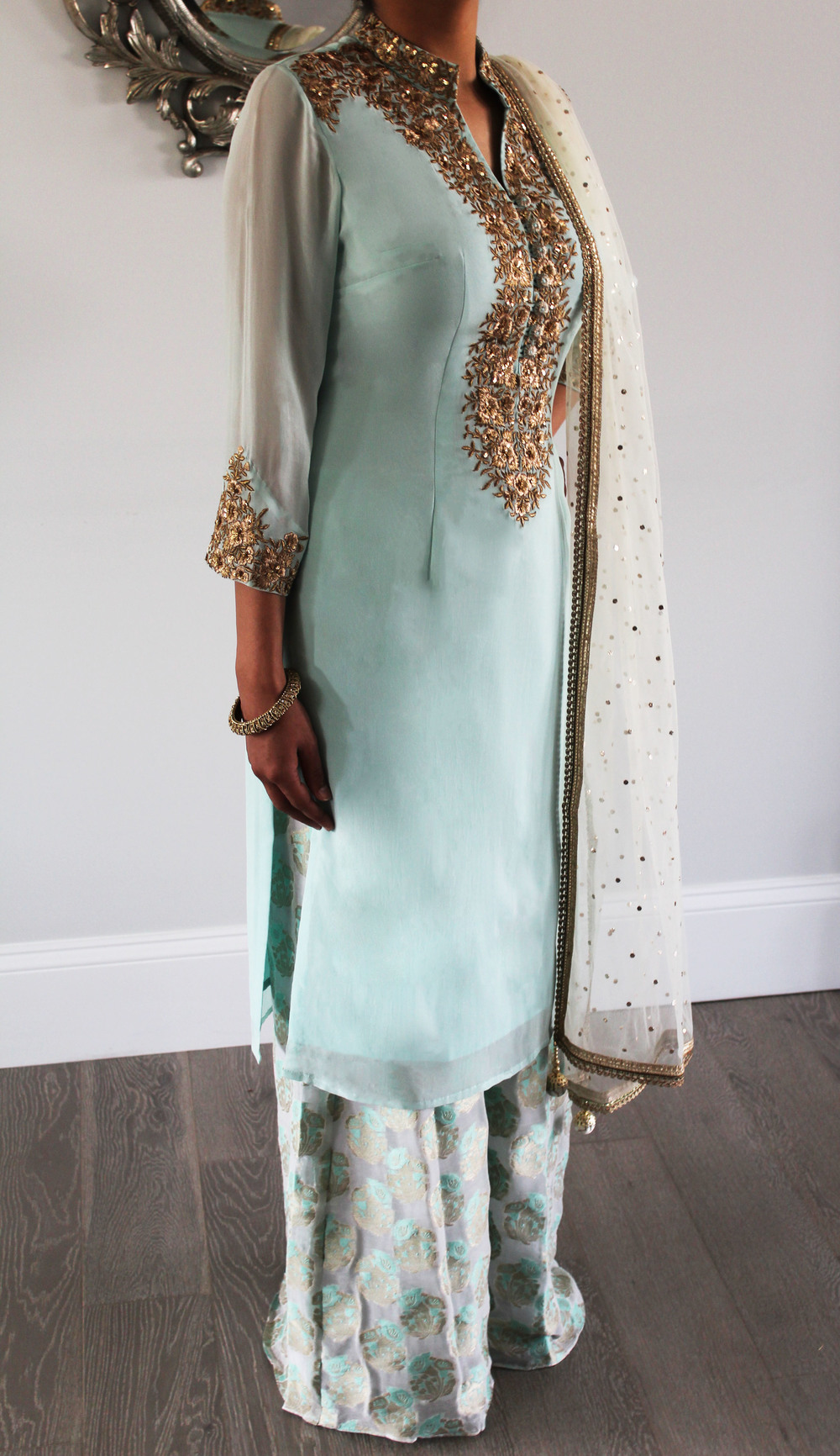 bluegreen full length.jpg