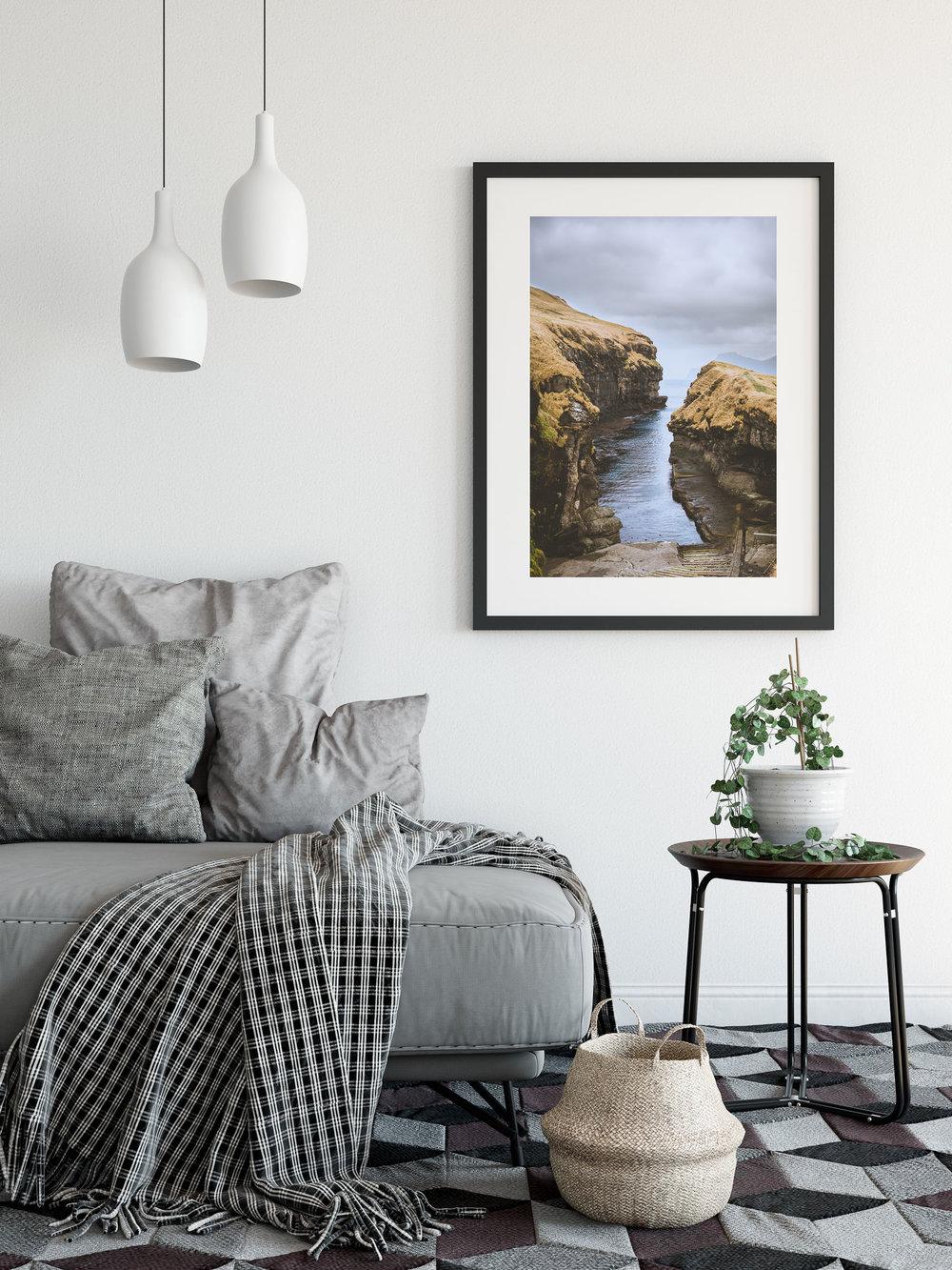 Landskaber-Stue-Færøerne-Gjógv-Plakatshop-Web-1.jpg