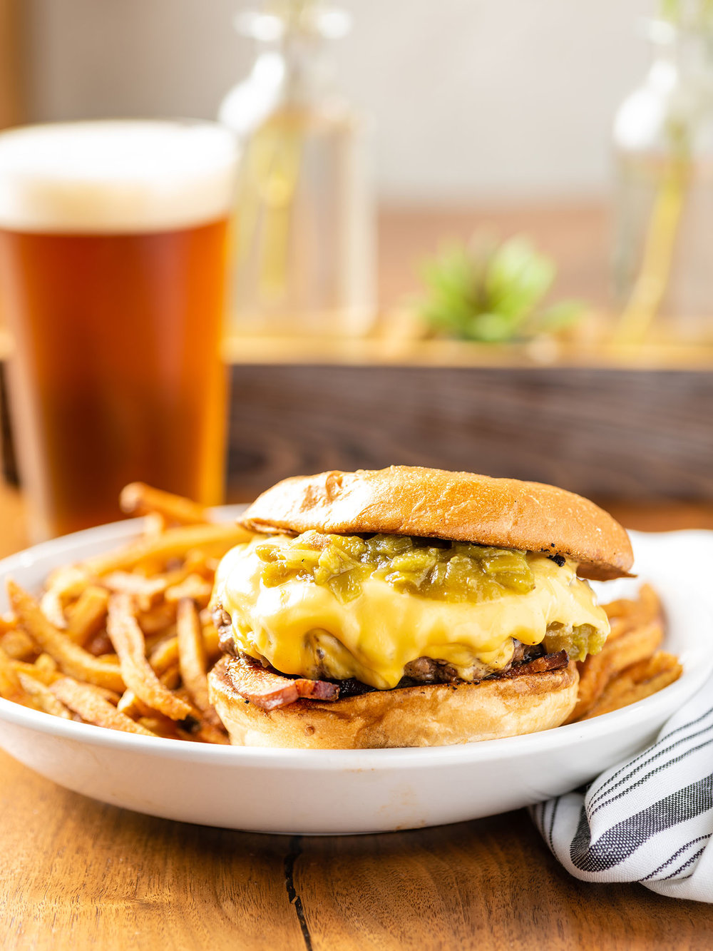 Butche and Bee Hatch Green Chili Burger-6.jpg