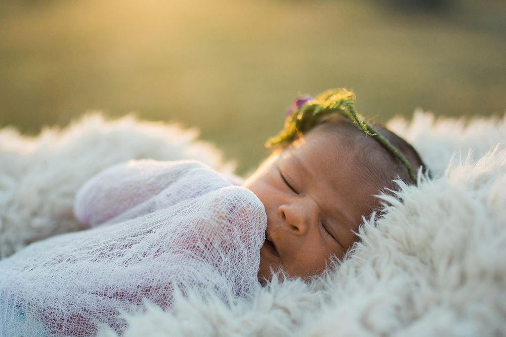 outdoornewbornphotography2.jpg