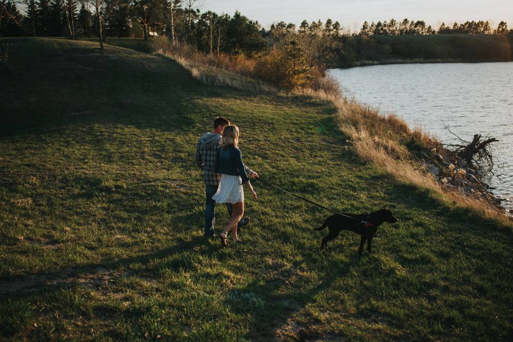 goldenhour_kylenefitzsimmonscreativestudio_engagement-5.jpg