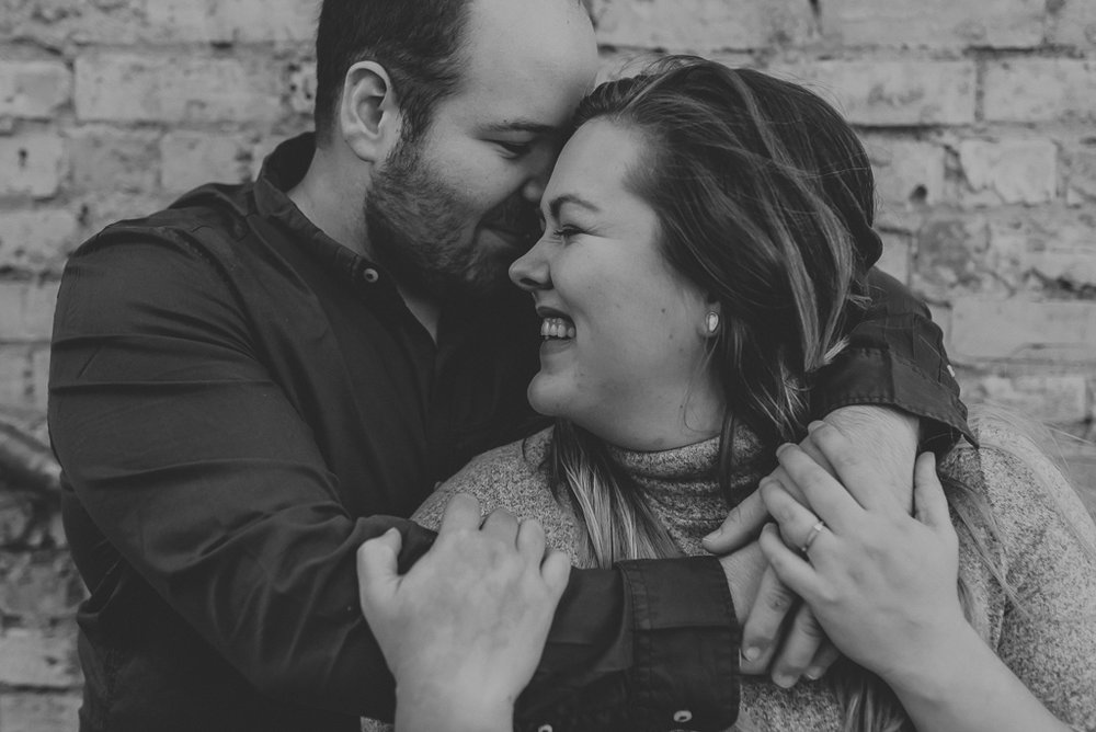 wedding-photographer-fargo-moorhead-fall-14.jpg