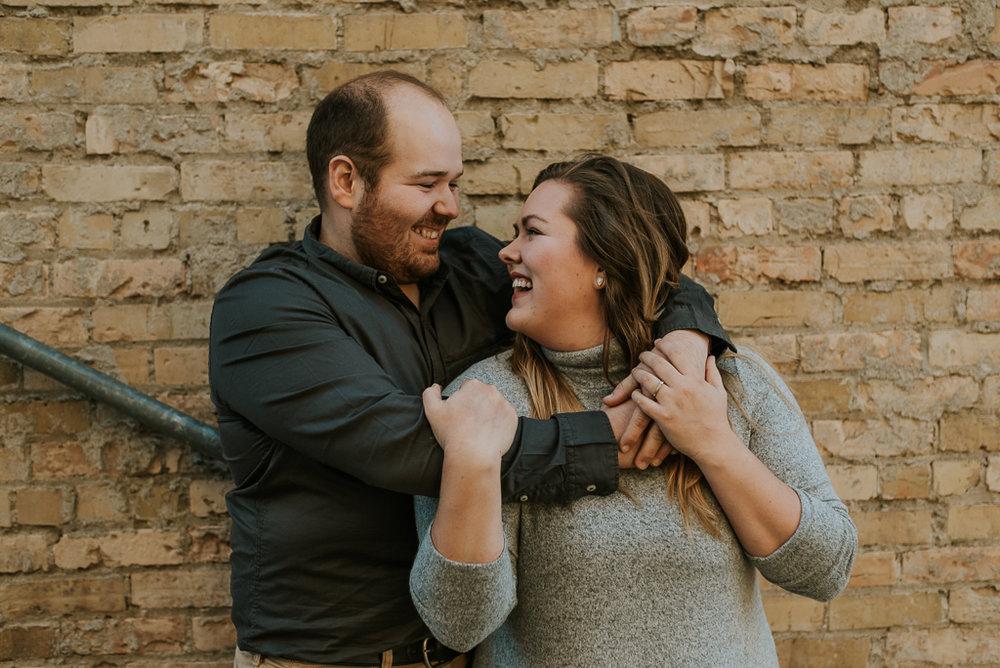 wedding-photographer-fargo-moorhead-fall-15.jpg