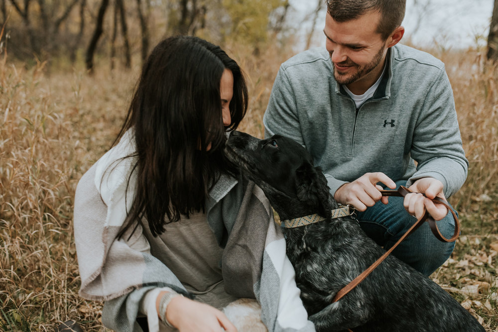 engagement-anniversary-dog-pictures-fall-21.jpg