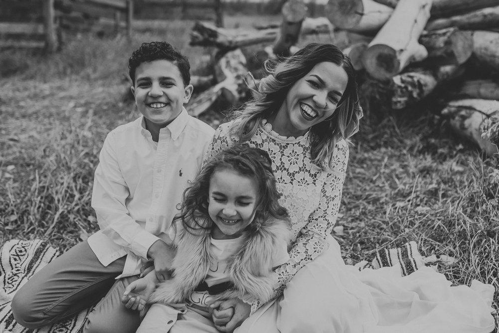 unique-family-kids-pictures-bismarck-north-dakota-2.jpg