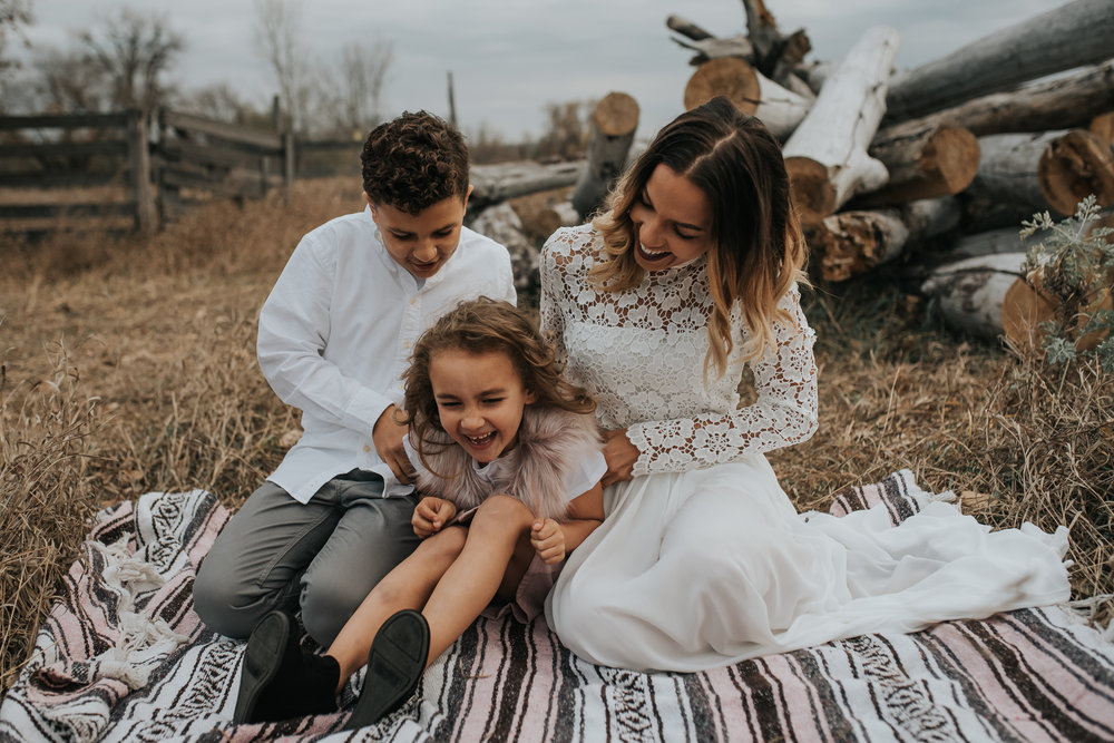 unique-family-kids-pictures-bismarck-north-dakota-3.jpg