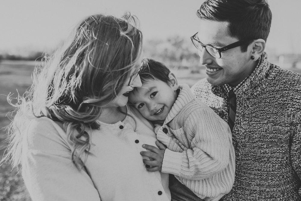 badlands-family-photographer-north-dakota-32.jpg