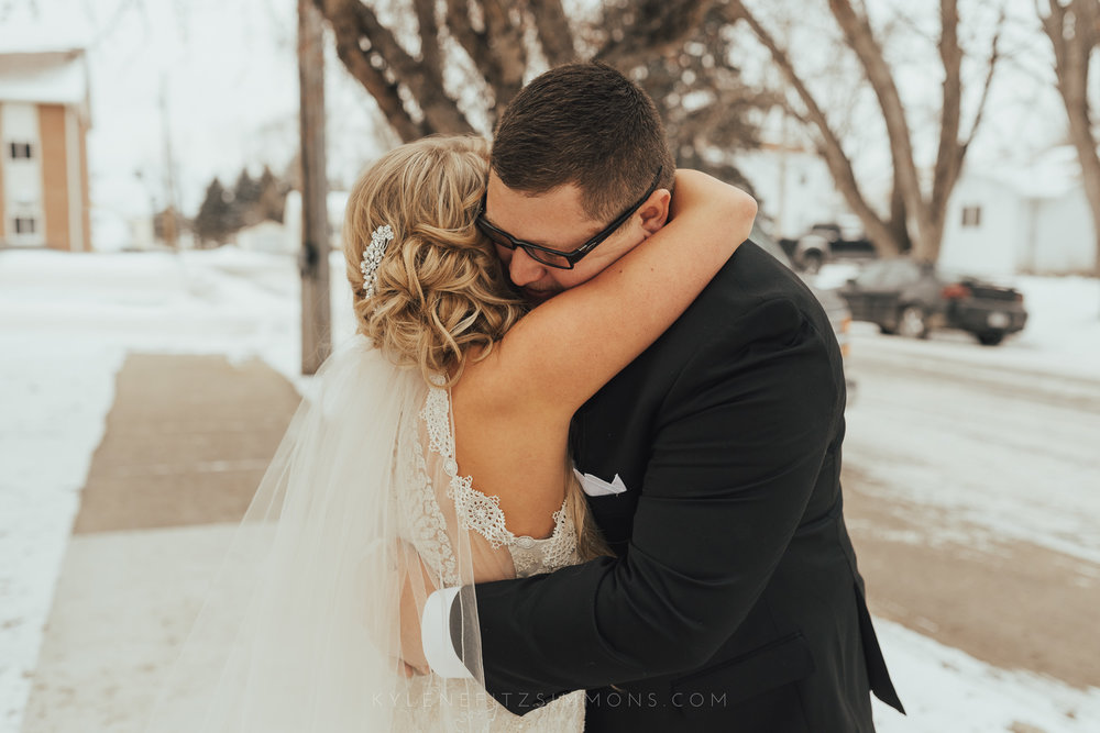 giannonatti-minnesota-winter-wedding-21.jpg