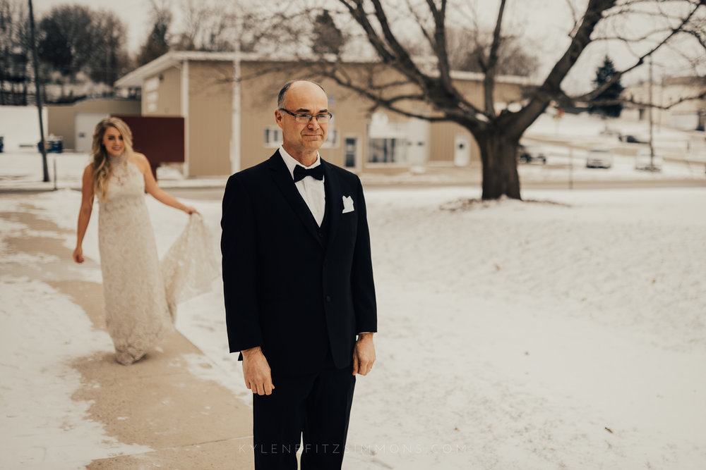 giannonatti-minnesota-winter-wedding-42.jpg