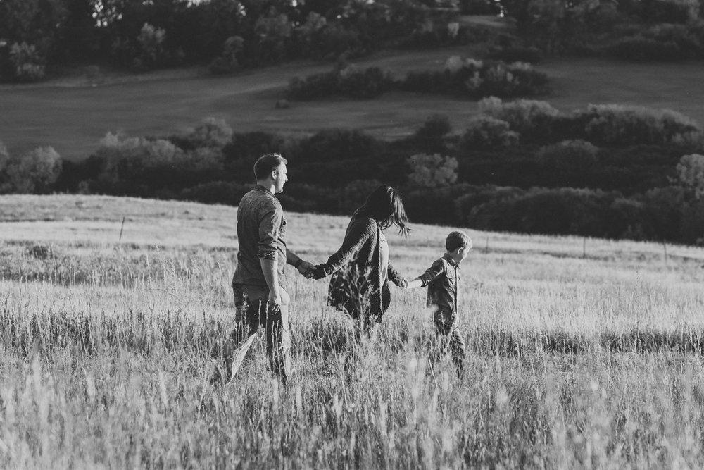 bismarck-engagement-family-photographer-6.jpg