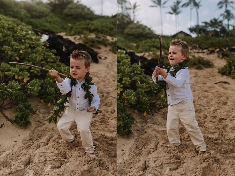 hawaii-beach-ceremony-wedding-photographer.jpg