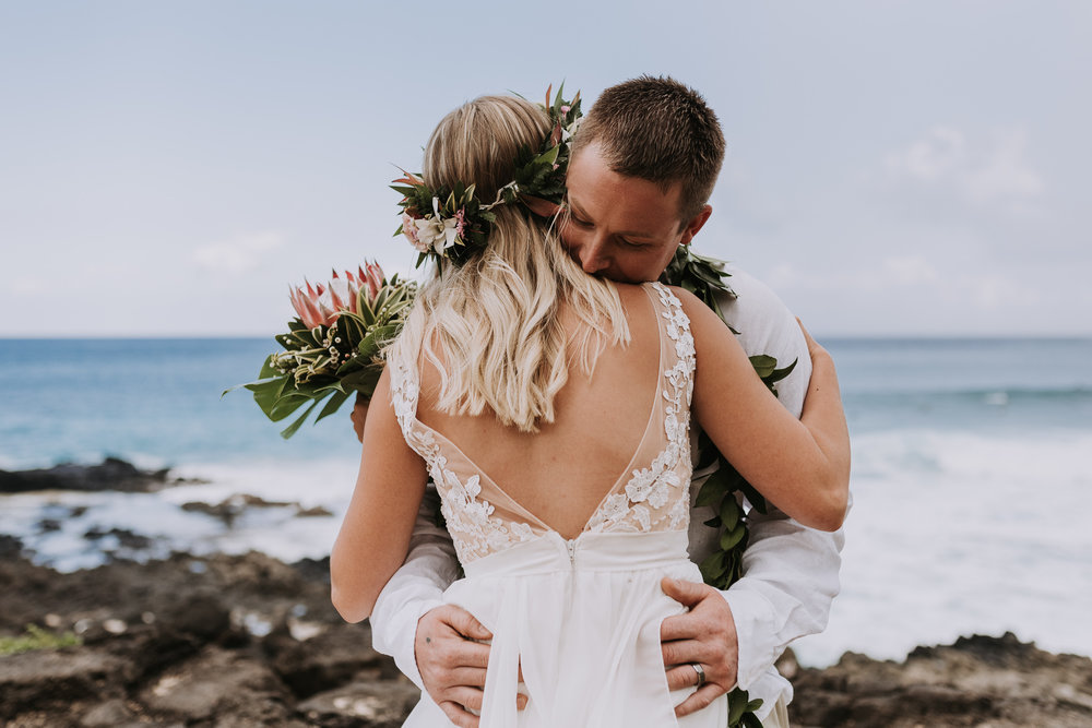 hawaii-wedding-destination-photographer-oahu-5.jpg