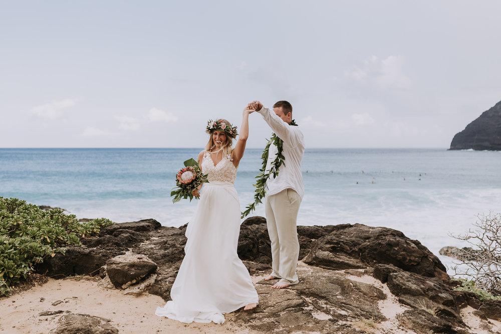 hawaii-wedding-destination-photographer-oahu-7.jpg