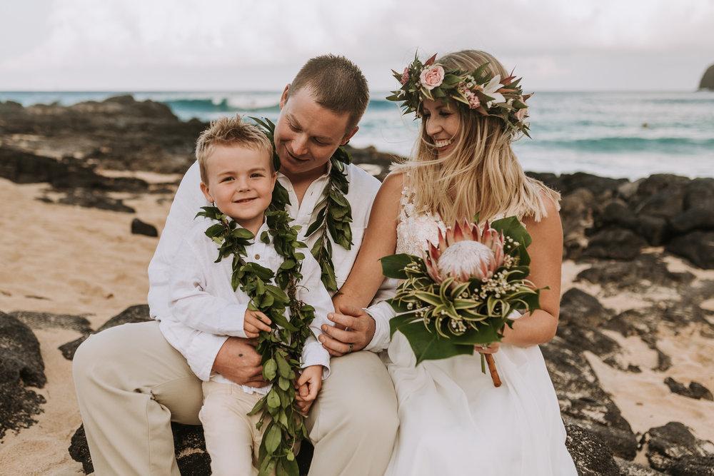 hawaii-wedding-destination-photographer-oahu-46.jpg