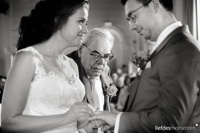 #grandpa would not move an inch after he gave the #weddingrings to the #bride and #groom  And we don't blame him. #frontrow is awesome. #pompgebouwdeesch #Rotterdam . . #liefdesmomenten #weddingphotography #weddingphotographer #photo #weddingfilm #wedding #yesido #theperfectwedding #prewedding #trouwen #bruidsfotograaf #trouwfotograaf #bruidsfotografie #destinationwedding #bride #groom #weddingdress #trouwenin2018 #trouwenin2019 #blackandwhitephotography