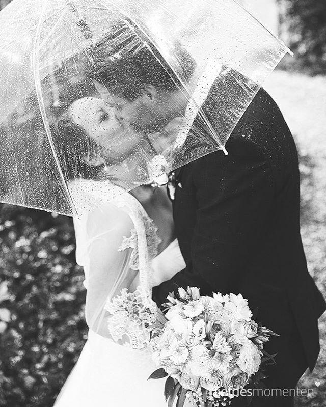 #rain #rainyday  @kasteelkerckebosch  More info about us at www.liefdesmomenten.nl Or +31681398195 . #liefdesmomenten #weddingphotography #weddingphotographer #photo #weddingfilm #wedding #yesido #theperfectwedding #prewedding #trouwen #bruidsfotograaf #trouwfotograaf #bruidsfotografie #destinationwedding #bride #groom #weddingdress #trouwenin2018 #trouwenin2019