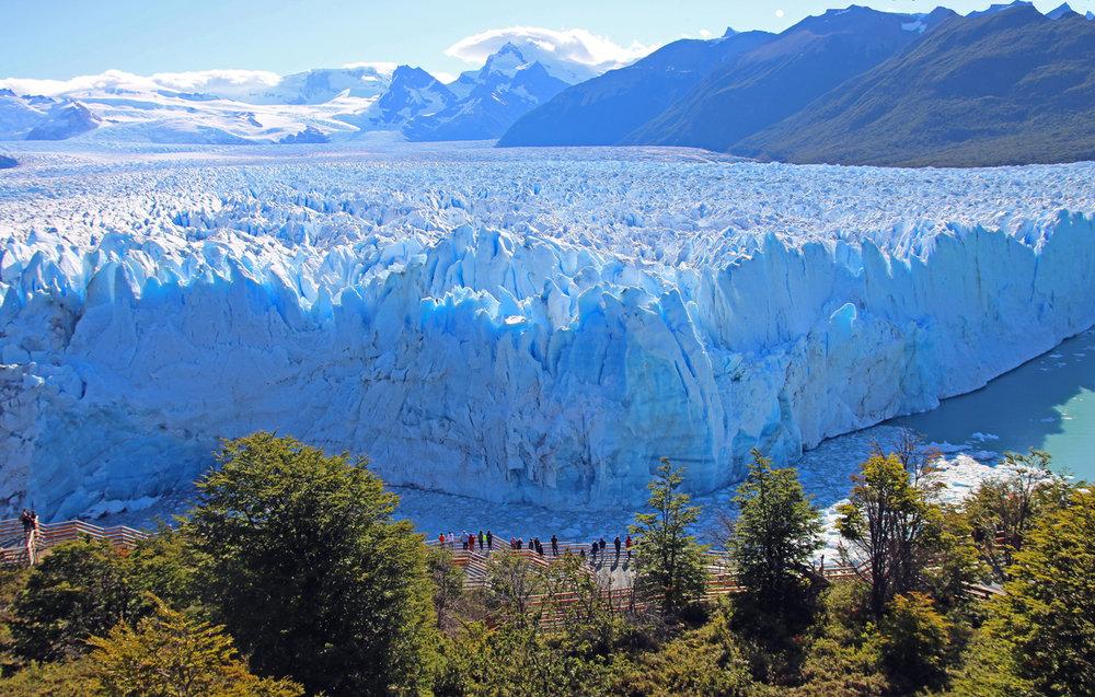 1093~COP~Perito_Merino_Rare_Advancing_Glacie~Green~Bernard~FVC.jpg