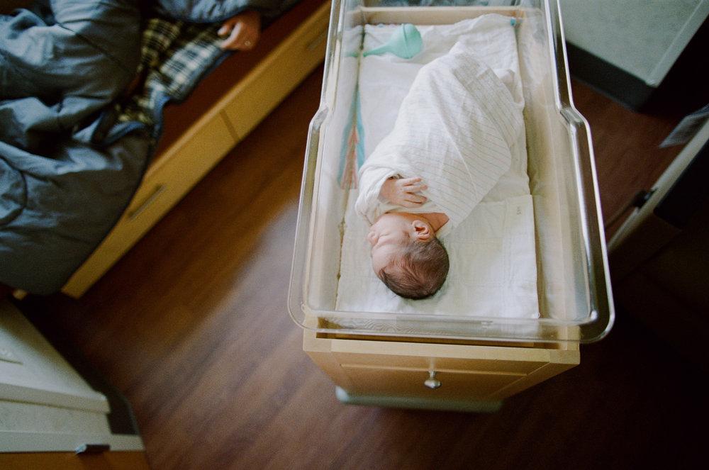 newborn-1-5.jpg