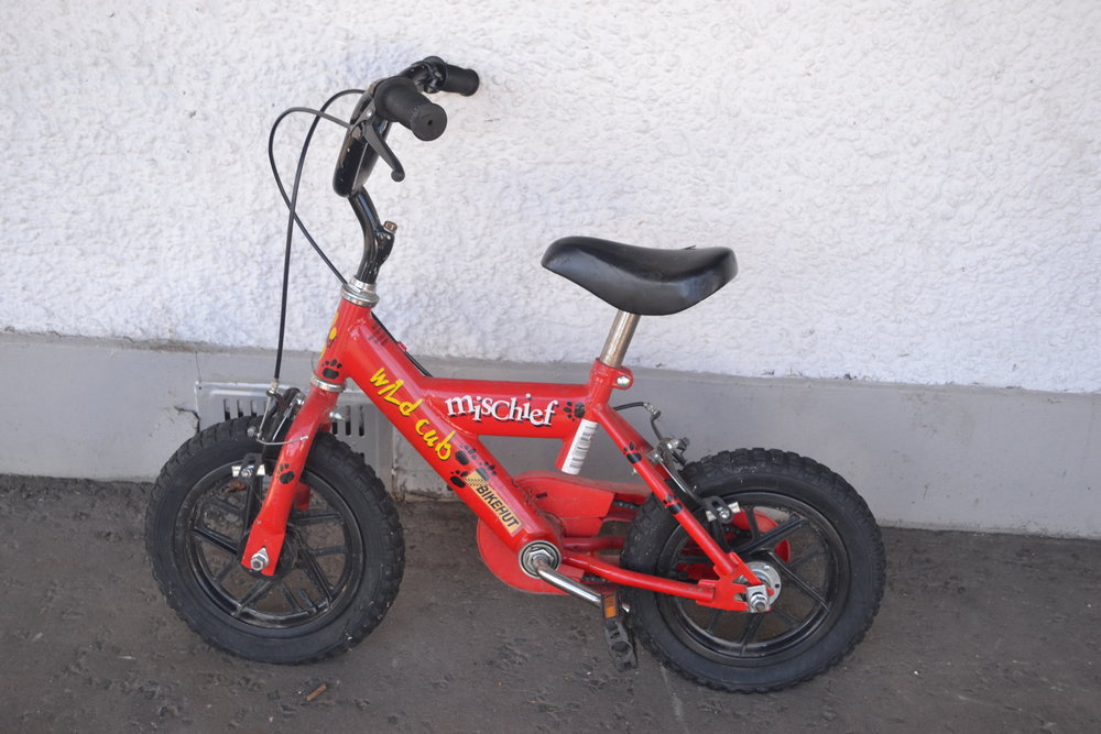 MISCHIEF WILDCLUB CHILD'S BIKE - £25