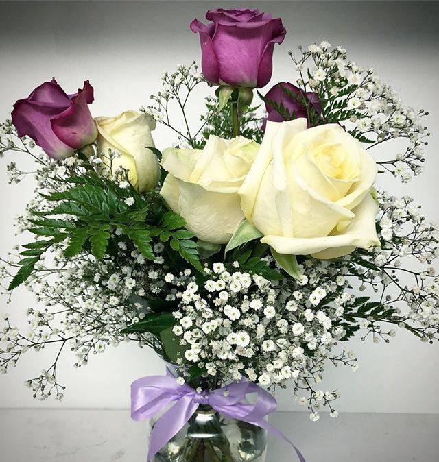 He got me flowers 💐😌