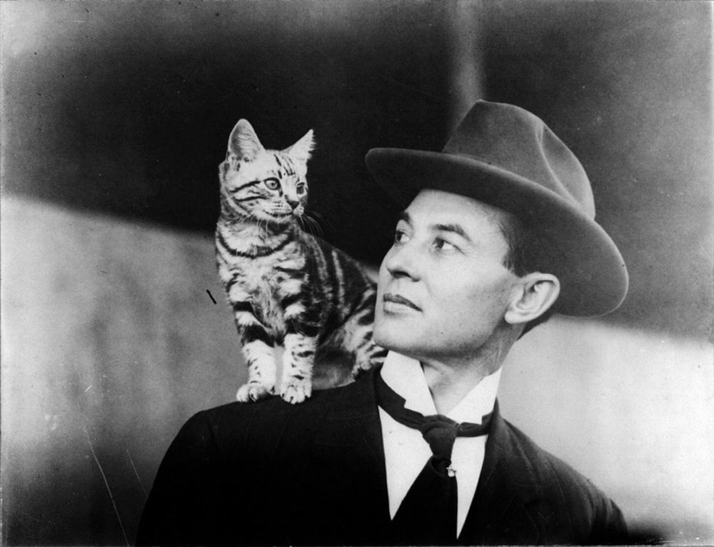 john b moisant WITH CAT (madamoiselle fifi)