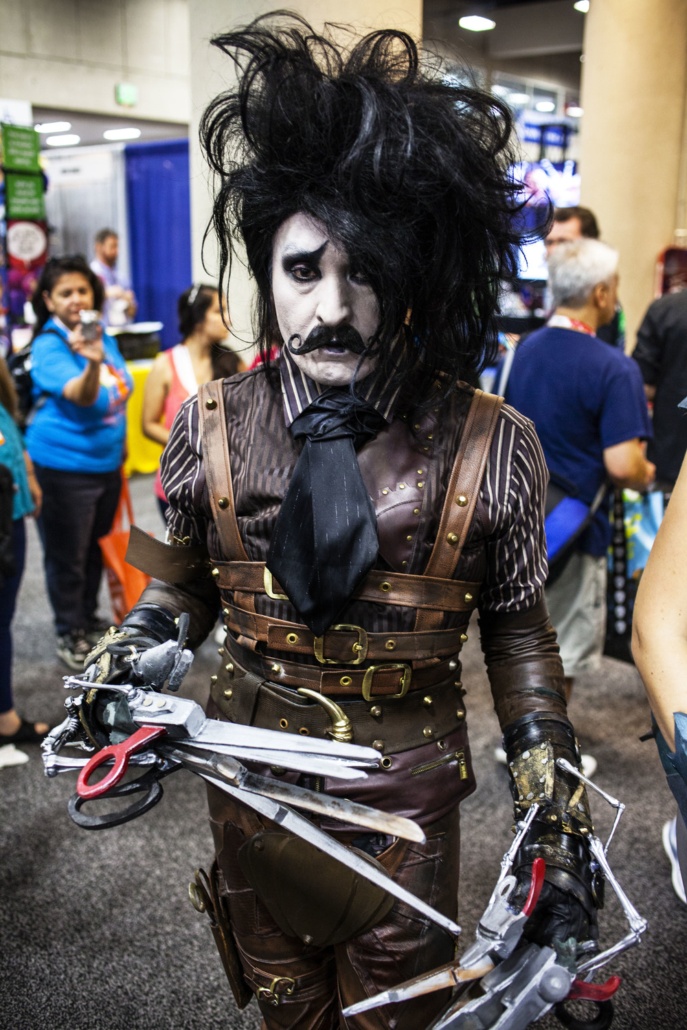Steampunk Edward Scissorhands by Joel Feria HIGH.jpg