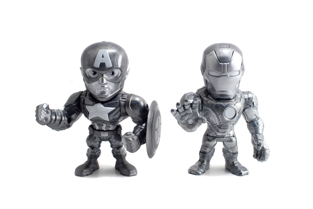 Metals-CaptainAmericaCivilWar-4in-TwinPack-CaptainAmericavsIronMan-Exclusive-02.jpg