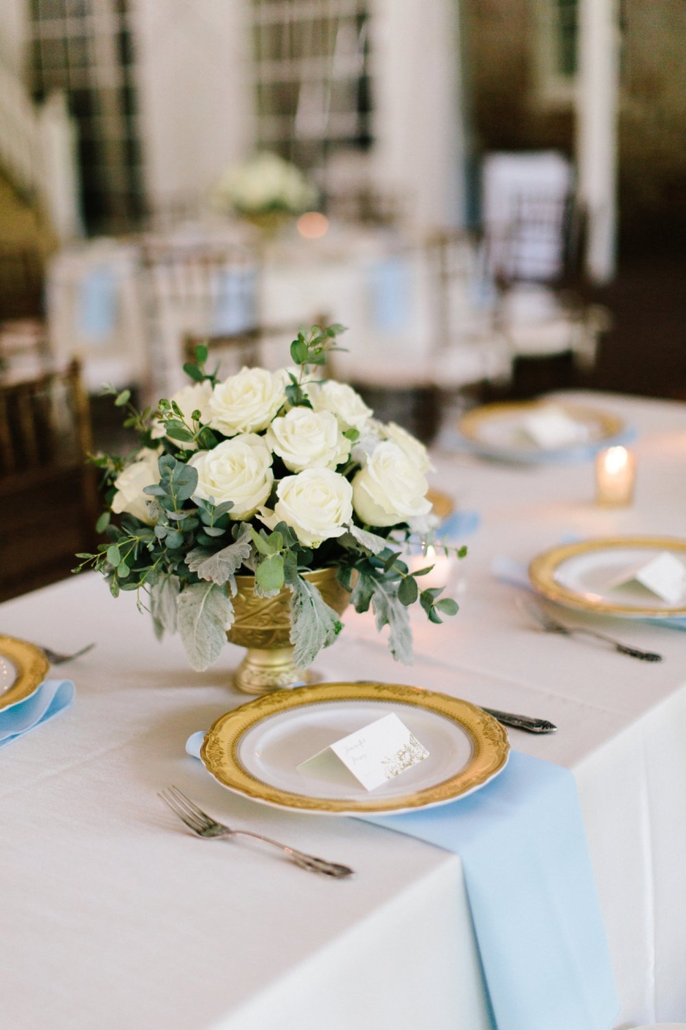 elegant table wedding reception