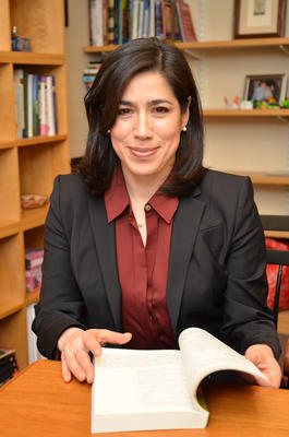 Dr. María Luisa Parra,  Senior Preceptor in Romance Languages and Literatures at Harvard University