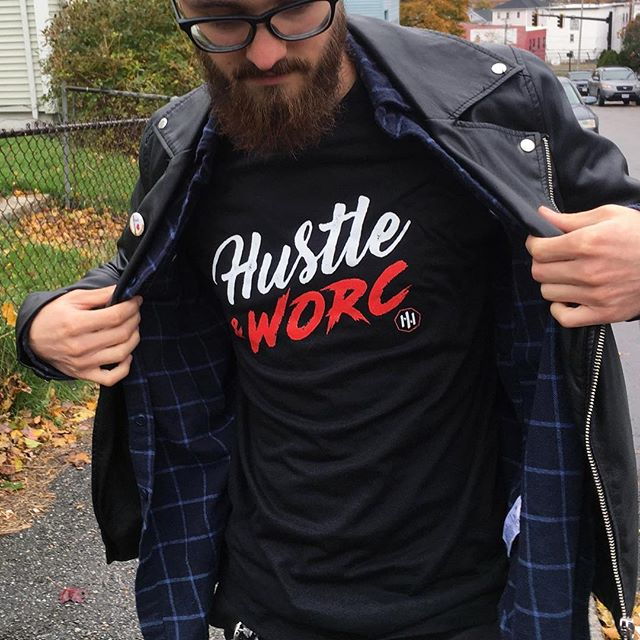 "🚨NEW SHIRT ALERT🚨""Hustle & Worc"" shirt by @hustlenworc on sale tomorrow! As you can see it looks great on Worcester Artist @stickipictures and it will look great on you! . Also, be on the lookout 👀 for new designs and items from Hustle & Worc in the near future!"