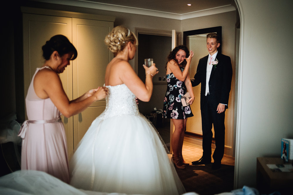 pure emotions - bride getting ready