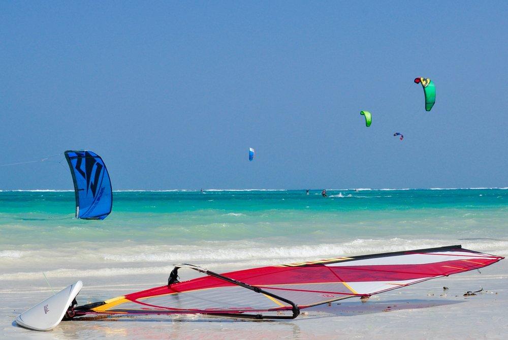 Windsurfing2.jpg