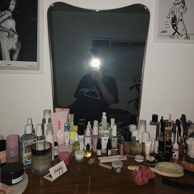 It's ok to be a disorganized beauty junkie who selfies at midnight, right? RIGHT?!?! 🤪 (and yes, that's a drawing of Karl Lagerfeld on a Diet Coke drip by my 10 yr old niece)