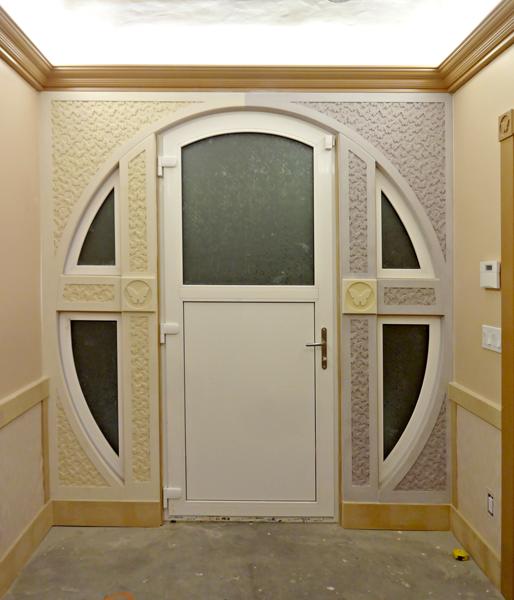 hallway trim done.png