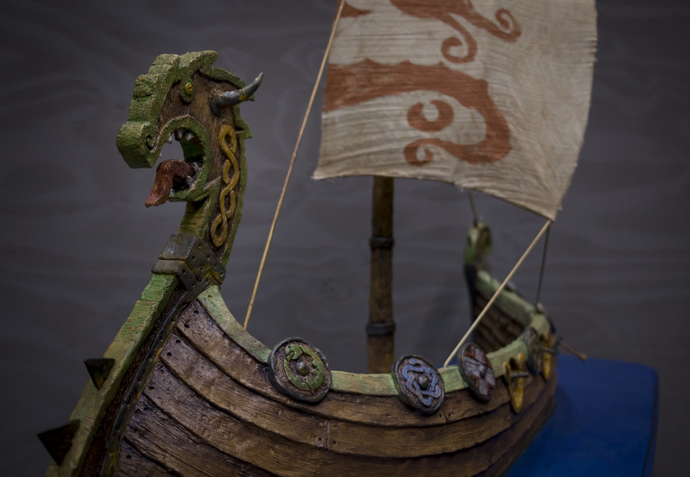 viking-ship-model-8.jpg