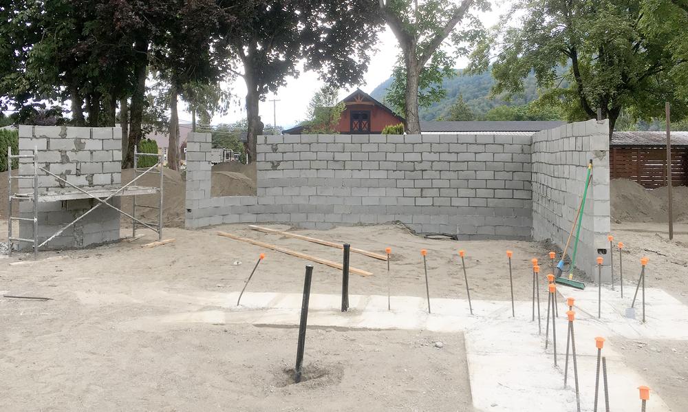 underhill garden walls.png