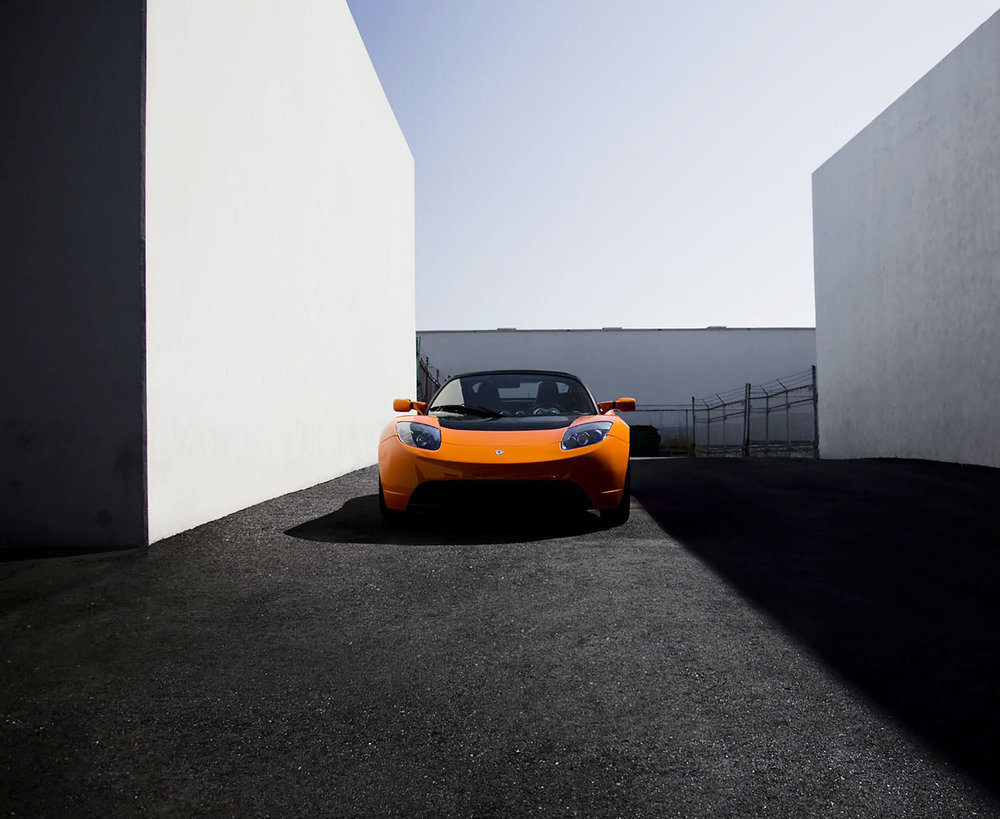 Tesla-Roadster-Orange-Los-Angles.jpg